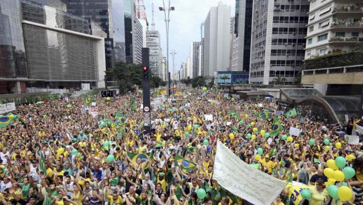 Brésil manifestation sao paulo plan large_0